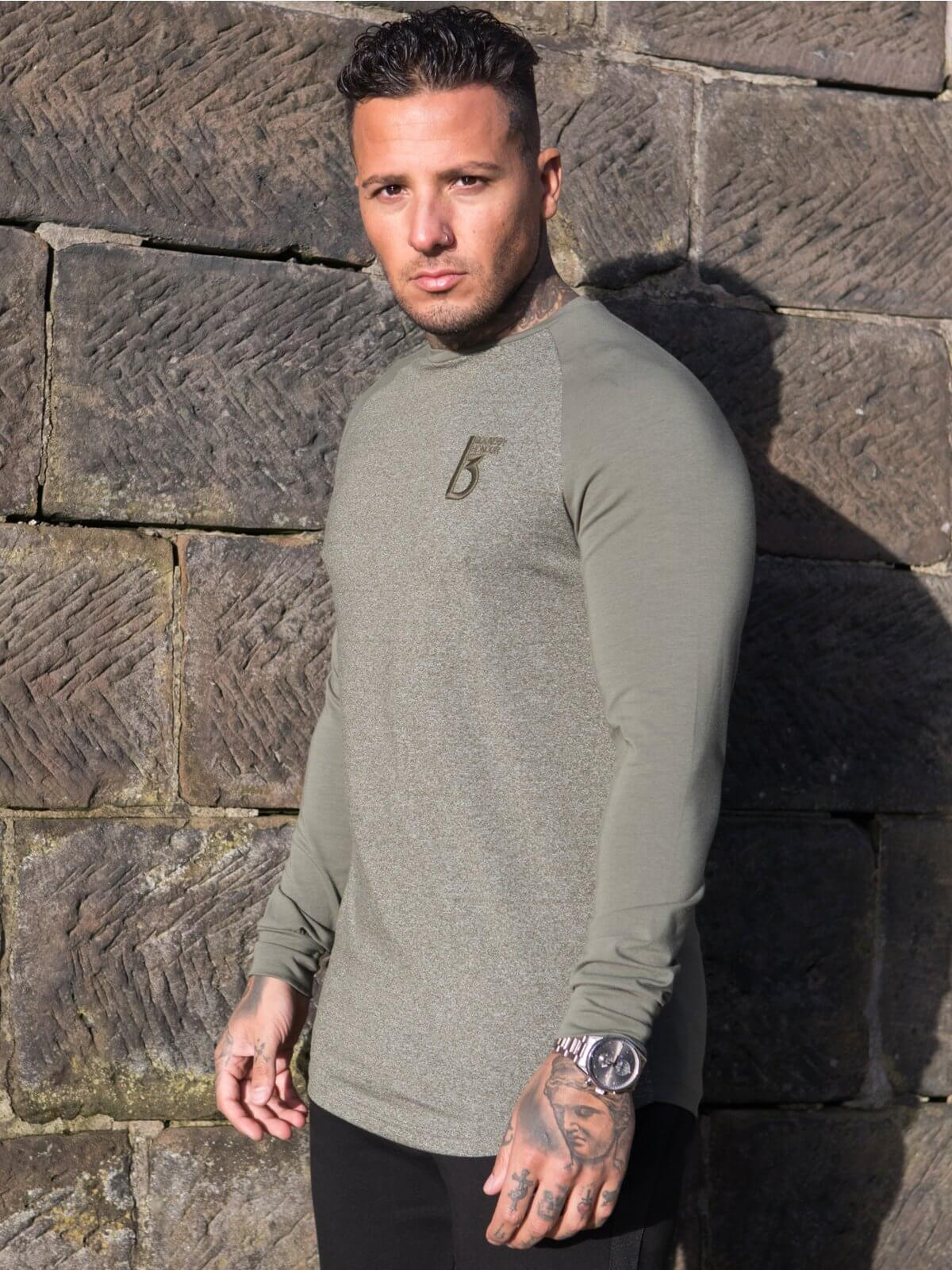 Clearance   Gear Long Sleeve T-Shirt    Bound By Honour